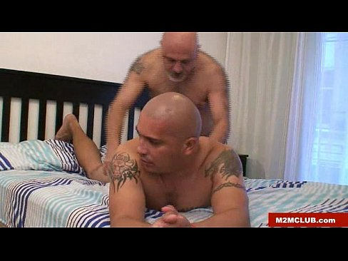 Daddy bear fucking wife xvideos com