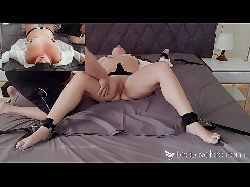 Clip sex Tied to the bed and fingerfucked until I squirted - Lea Lovebird
