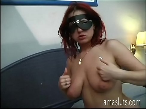Clip sex Real amateur couple in mask having sex