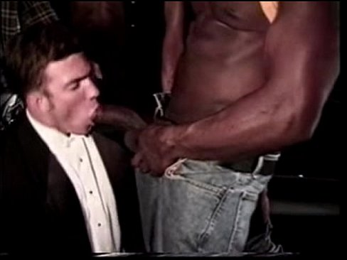 Limo driver rides the train - xHamster com