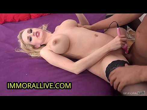 PLAYBOY PLAYMATE GETS A HUGE CUMSHOT DEEP INTO HER HAIRY PUSSY & SQUIRTS INTO A GLASS!