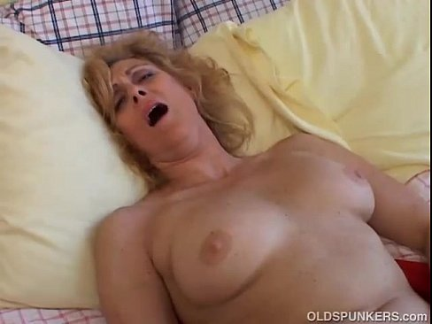 Slut wants to get fucked