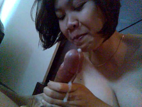 Indonesian maid fucked in hong kong - 2 1