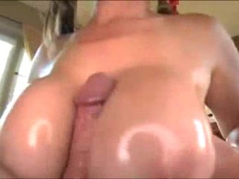 cover video Big Tit Bar  Wench Love To Gets Fucked Hard
