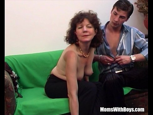 Mature pussy and young boys