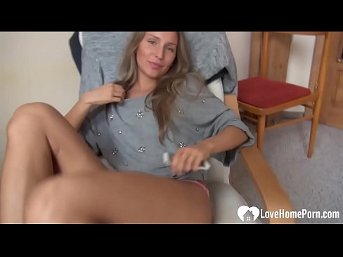 Clip sex Cute young babe wants you to see everything