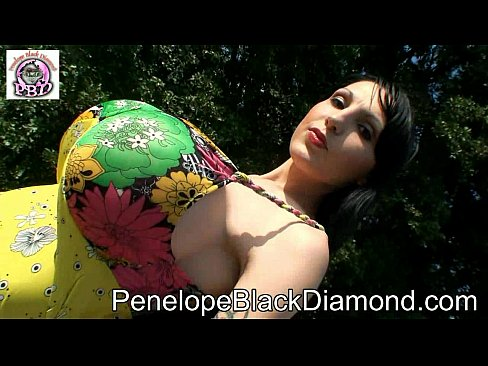 Penelope Black Diamond Outdoor-Anal-Blowjob Preview
