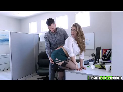 Clip sex Lena Paul getting her vagina fuck sideways by  Mike Mancinis long cock!
