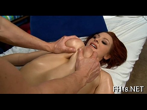 Lesbian eating pussy creampie