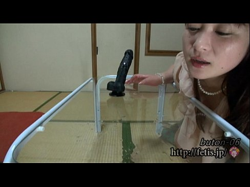 Japanese fetish girls. Sniff dick,sniff legs, sniff panties. Director SADE