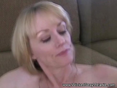 cover video Amateur Gilf Cu mshot Compilation 22 on 22