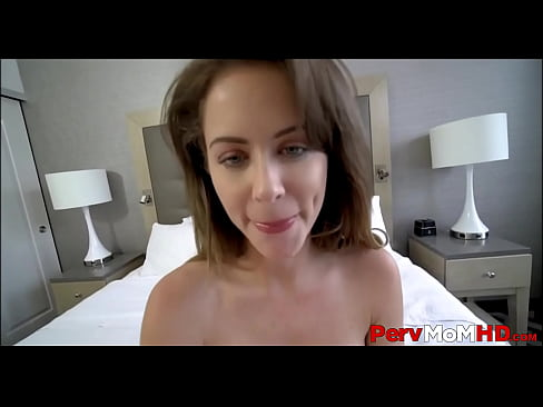 Thick PAWG MILF Stepmom With Big Tits Family Quickie With Stepson POV