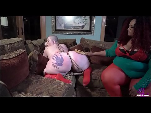 BBW Venus get KiKi Kreamm to submit pt 1