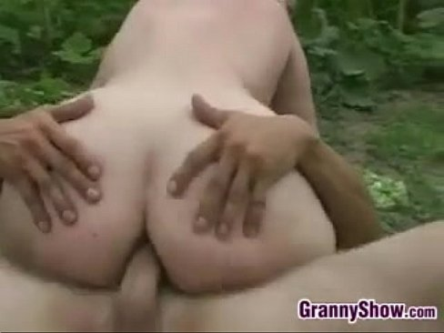 Naked romanian girls young