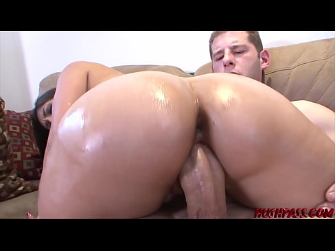 Alexis Breeze gets her Big Booty Pounded and Creamed