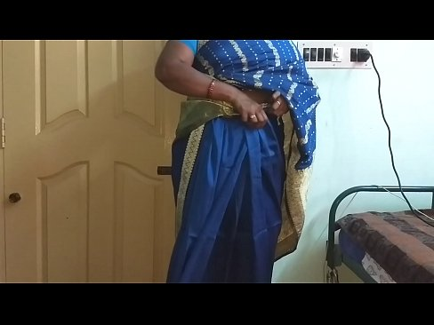 XVIDEO desi north indian horny cheating wife vanitha wearing blue colour saree  showing big boobs and shave