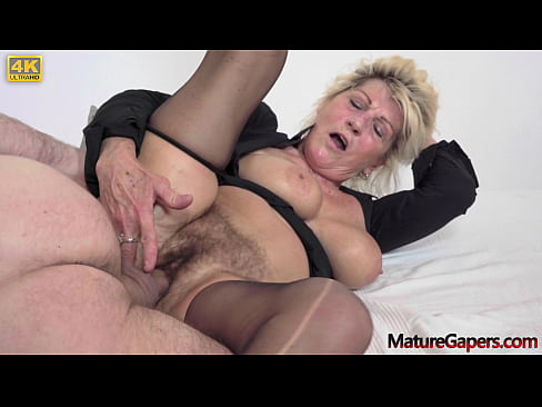 Hairy granny Renate gaped and fucked hard by Kamil Klein