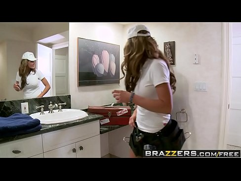 cover video brazzers   big butts like it big   fixing the pipes scene starring nikki sexx and keiran lee