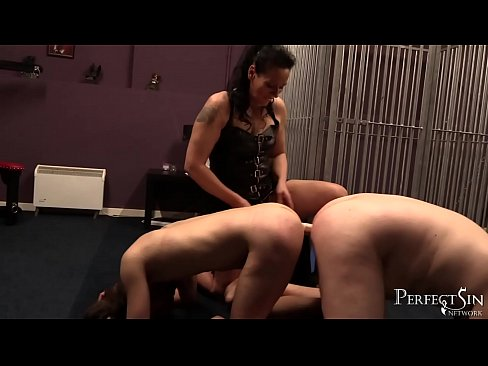 Free lesbian insertion clips