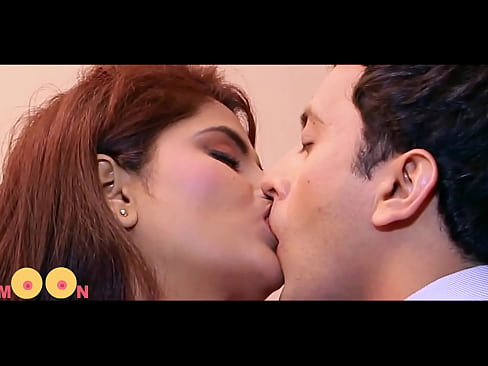 Hot Couple Kissing Scene from B grade indian Film – fhd
