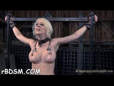 Blindfolded and gagged angel gets her slit shovelled with toy