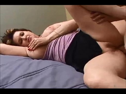Curvy Milf Homemade Sex