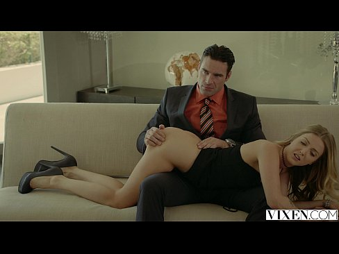 Clip sex VIXEN.com Rich Boss Gets Threesome with Two Blondes