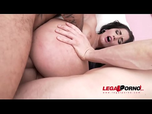 Loren Minardi Fucked To The Limit – 5on1 Gangbang With DP & Massive Facial