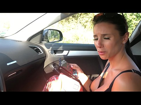 Clip sex Fake Uber.he picked me up from the street and didnt had money to pay him back