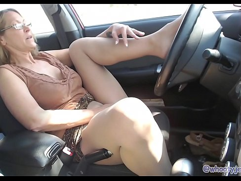 Hot Mom Fingers Pussy In Parked Car In Parking Lot