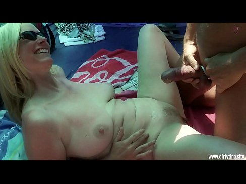 Public Fuck and Fingering at the beach Uncut
