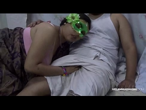 Big Boob Indian Hot MILF Bhabhi Velamma Blowjob