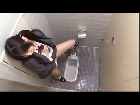 Clip sex Asian Schoolgirl bathroom standing doggy fucked squirting orgasms