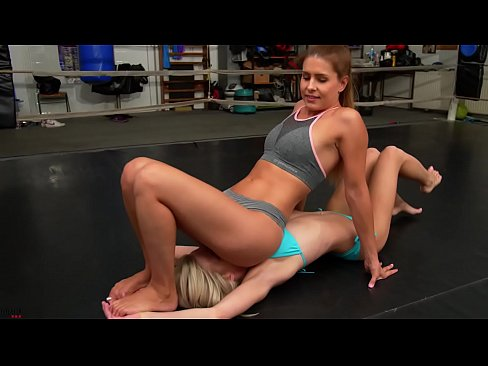 Mixed Wrestling Ass Smother