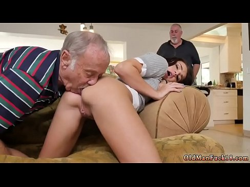 Teen Gets Fucked First Time