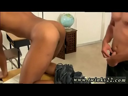 Hot twink getting anal from behind from hot muscle