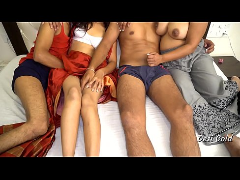 Clip sex Two Indian Bhabhi Fucking in Group Sex Party