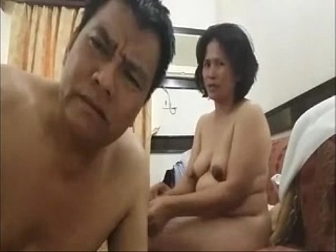 26 year old filipina mom may shows her milking boobs 4