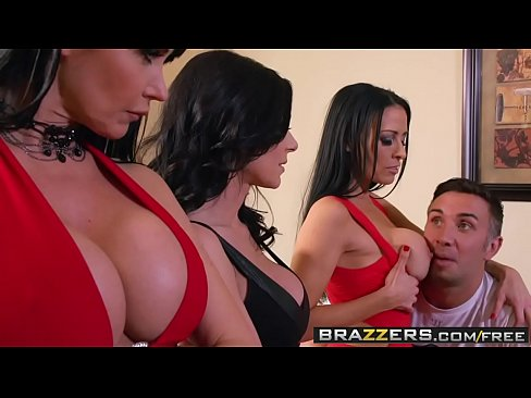 Brazzers - Mommy Got Boobs - Soccer Moms Suck scene starring Eva Karera Kendra Lust Vanilla Deville