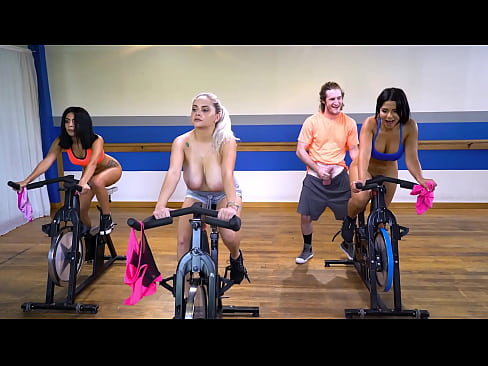 Curvy Latin Babe Rose Monroe Getting Her Big Ass Fucked In Spin Class