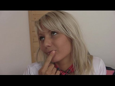 Schoolgirl Pinky June fucked by pizza delivery boyXXX Sex Videos 3gp