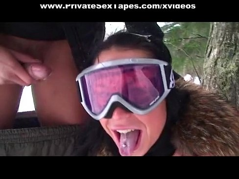 Couple Tries Extreme Blow Job Outdoors