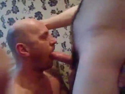 find a gay male masseuse