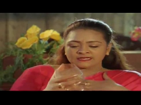 cover video Mallu Actress S hakeela Hot Romance With Serve ance With Servent In Midnight
