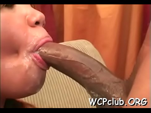 Horny white girl gets holes fucked so well by ebon gangsta