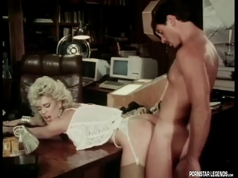 cover video hot amber lynn fucked in classic porn video