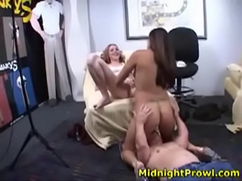 Naked woman showin pussy
