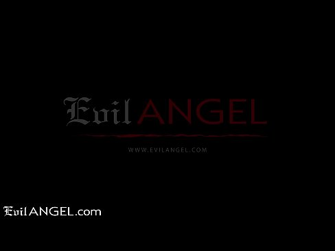 Clip sex EVIL ANGEL Schoolgirl Lola Fae SQUIRTS From Anal Deep Dicking