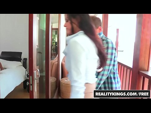 RealityKings – Moms Bang Teens – (Eva Lovia, India Summer) – Love To Lovi