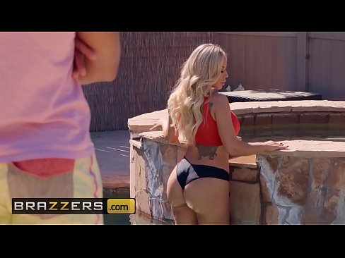 Olivia Austin Ricky Johnson Poolside Fucking Brazzers